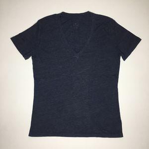 BDG Deep V-neck T-shirt Size S